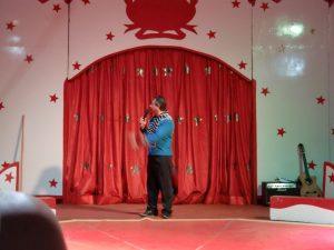 Zirkus Direktor Zaretti